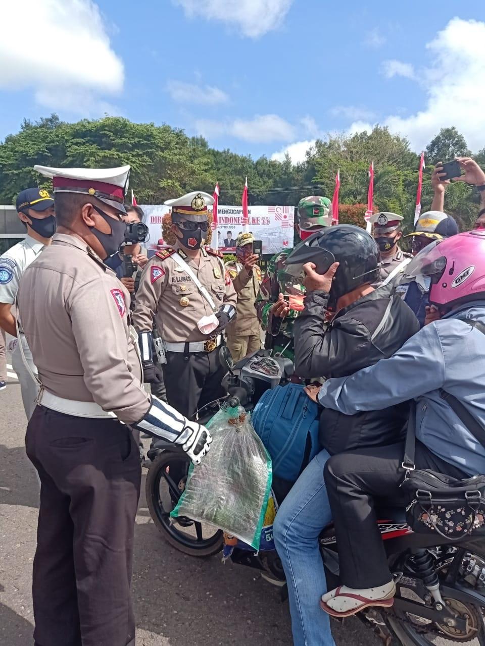 TNI, POLRI DAN SATPOL PP HADANG PENGENDARA, ADA APA? 1