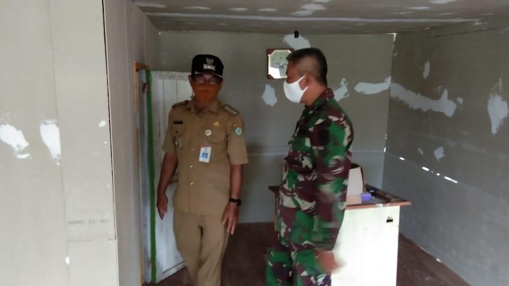 CAMAT PULAU HANAUT BERI SEMANGAT KEPADA PRAJURIT TNI 1