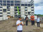 GUBERNUR SUGIANTO TINJAU PEMBANGUNAN GEDUNG PUSAT IPTEK DAN INOVASI GAMBUT UPR 4