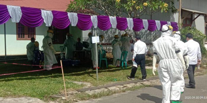 UPT PUSKESMAS BARONG TONGKOK LAYANI PEMERIKSAAN SWAB TEST 80 ORANG 2