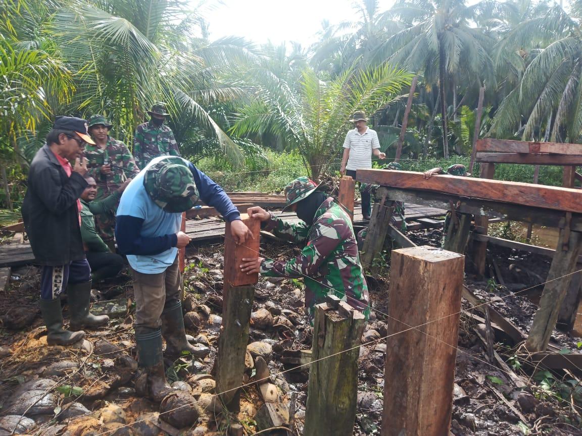 TANPA PAMRIH, PENGABDIAN TNI MELALUI PROGRAM TMMD PATUT DIACUNGI JEMPOL 1