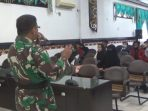 MAHASISWA KOTIM APRESIASI TMMD BANTU DESA TERISOLIR 5