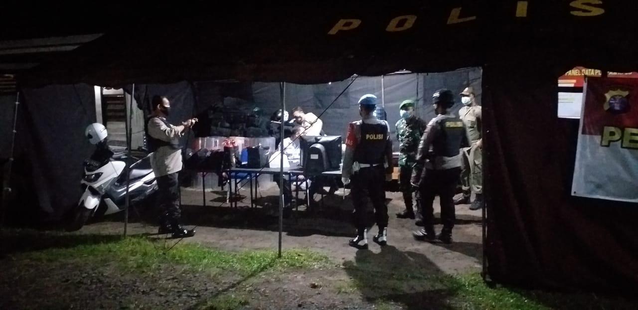 CIPTAKAN KAMTIBMAS YANG KONDUSIF, POLSEK ARSEL SAMBANGI KANTOR KPU DAN BAWASLU 1
