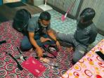 EDARKAN SABU DI MENTAYA HULU, IPAN DITANGKAP POLISI 38 PAKET SABU DIAMANKAN 15