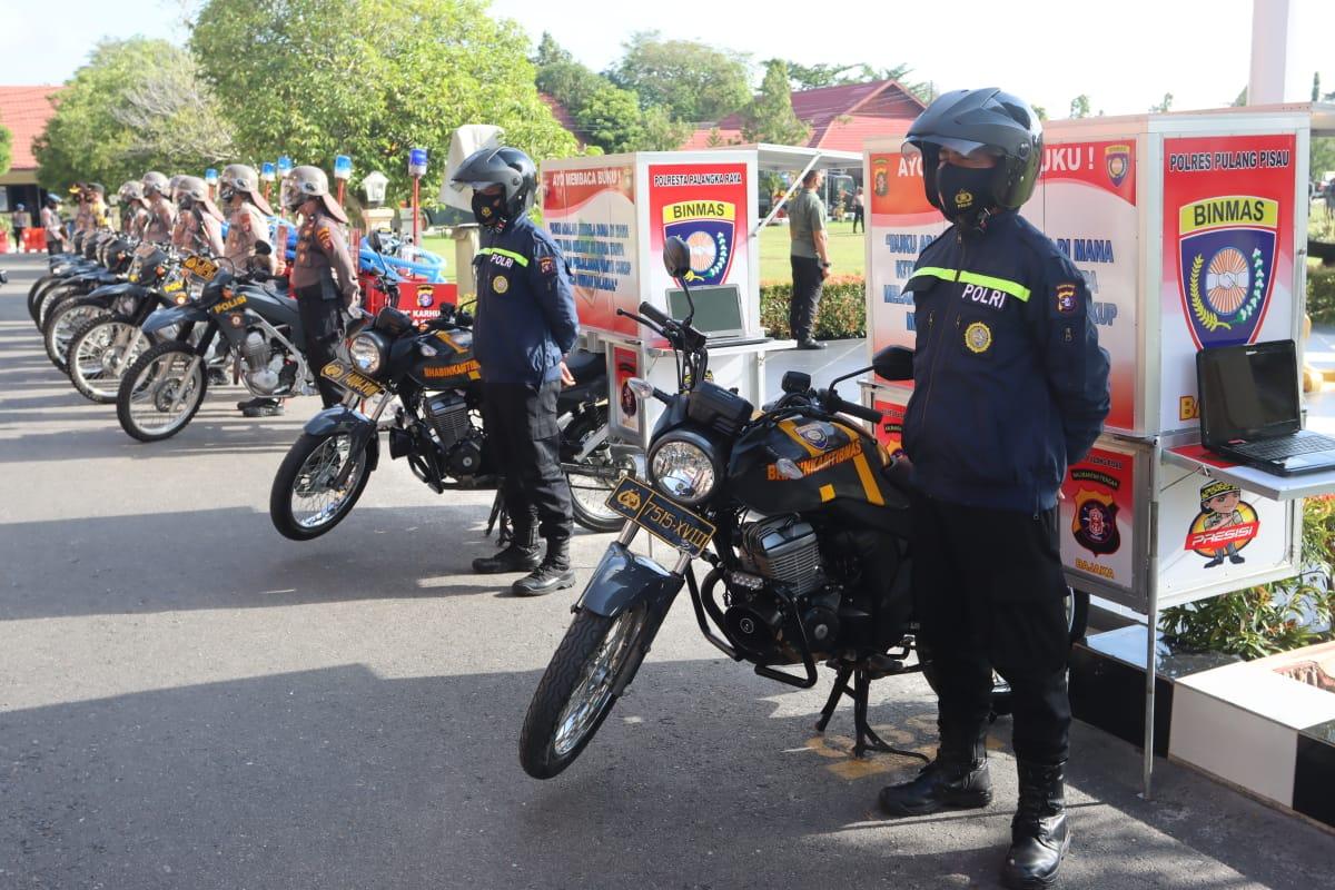 SIAP BERPERANG LAWAN KARHUTLA, KAPOLDA KALTENG BAGIKAN 20 MOTOR PEMBURU API KEPADA POLRES 1