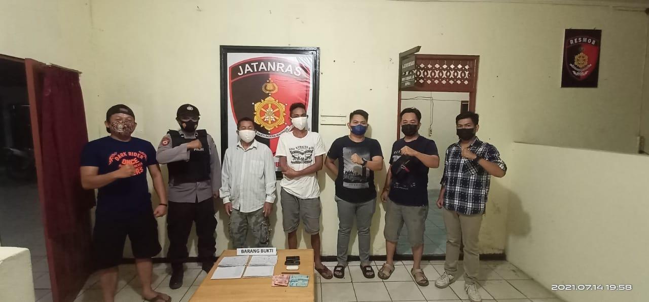 POLISI BEKUK DUA PELAKU JUDI 'TOGEL' KUPON PUTIH 1